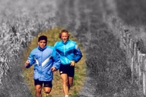Maradona corriendo con Signorini