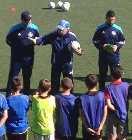 Ismael Díaz dirigiendo un entrenamiento